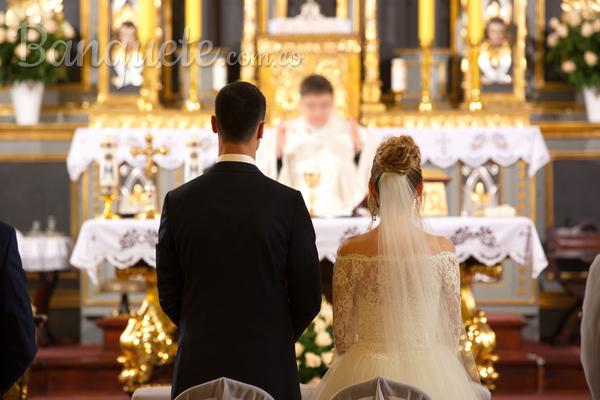 Conoce el protocolo de una boda católica